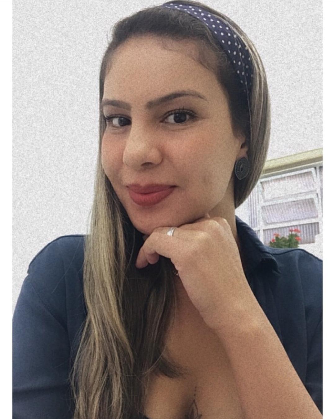 Mirelle Domingues